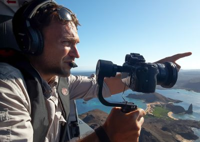 Robert Hollingworth filming from a helicopter